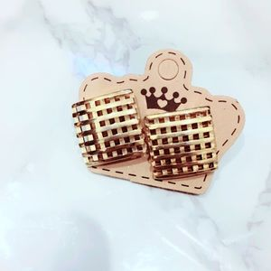 Gold Tone Vintage Basketweave Earrings